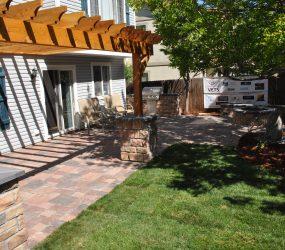 custom landscaping patio 2